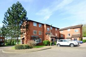 STUNNING 2 BED FLAT IN FRIERN BARNET!! UNFURNISHED! BE QUICK!