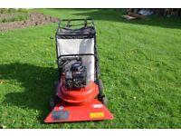 Husqvarna 4076 Petrol Wheeled 76cm Garden Leaf Vacuum Briggs Sprint 40 engine, large 150 litre bag