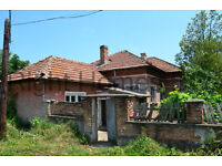 Cheap 3 bedroom house in in well-developed village Morava, Bulgaria