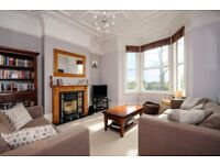 A very well presented 2 bed flat with private garden. Alexandra Road, Wimbledon, SW19