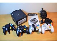 Retro Nintendo GameCube Games Console w/ 4x Controllers & Leads *UNTESTED*
