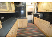 LARGE 6 BEDROOM HOUSE EASTHAM AVAILABLE NOW