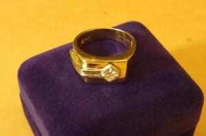 Bague homme en or 14kt 35 points diamant F020925