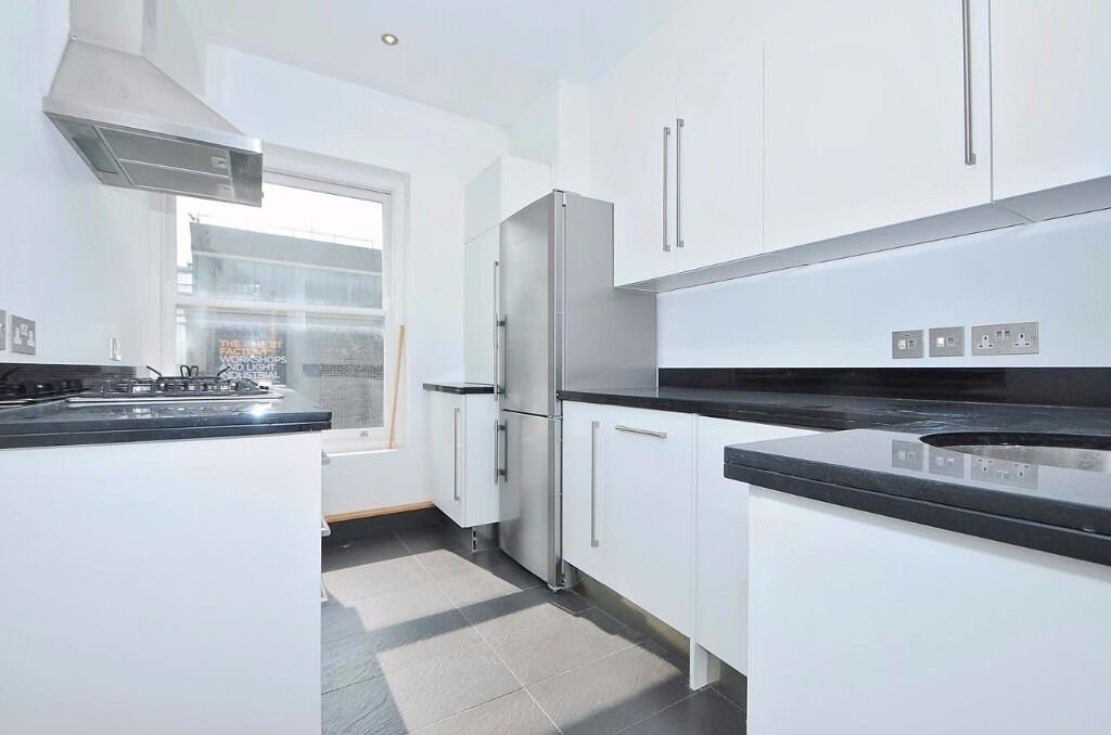 New Concorde Apartments - A superb and spacious two double bedroom two bathroom apartment to rent