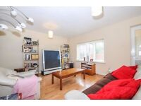 Shipwright Road - A modern three bedroom house to rent with spacious reception room and garden