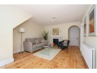 EARLSFIELD - A recently redecorated two double bedroom ground floor period property