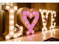 Love sign, Shabby Chic Wedding specialist