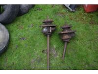 Landover Series 3 front swivel hubs spares or repair £30.00 for the pair