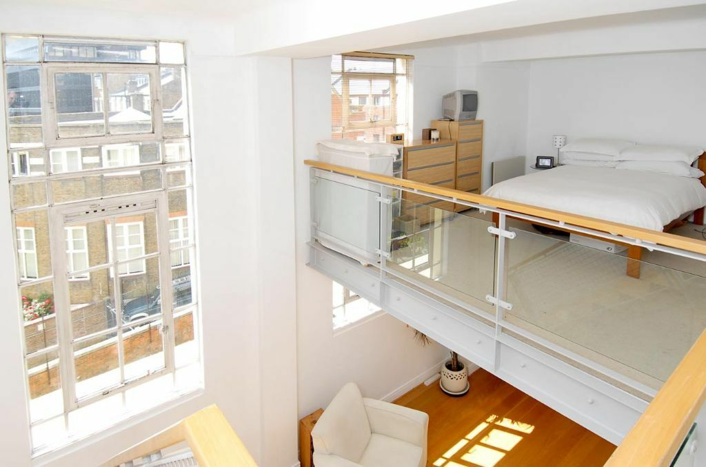 1 bed flat in Beaux Arts Building N7, spacious, mezzanine level ...