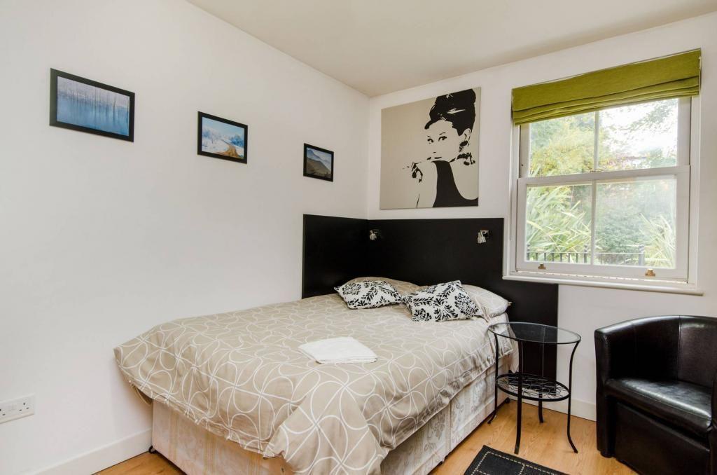 ***Hampstead*** - Modern, Newly Refurbished Studio Apartment