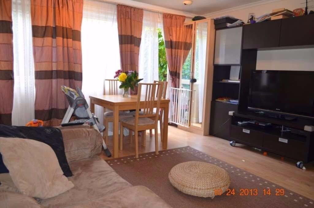 Newly Refurbished 2 Double Bedroom Apartment in Near BOW CHURCH STATION.