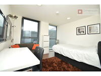 Stunning Self Contained Studio Apartment near Tower Hill - Aldgate - City E1