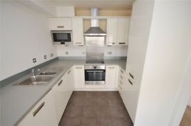 Lovely 1 bedroom flat for sale in Theale, Reading