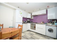 Amazing 2bed - 1 Bed + Study - period flat in Stoke Newington N16