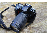 selling my digital slr due to upgrade,comes with nikon 70/300mm lens pc lead and memory card