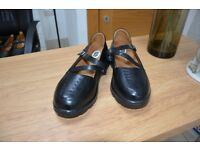 Women's Orthotic Shoes - Size 8.5W - Clearance Sale