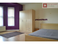 Wonderfull 2 Bedroom Flat in Leytonstone --- E11 1AQ ----- Only £300pw ------ Available Now !!!