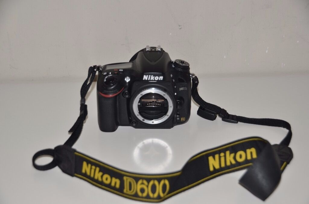 NIKON D600 24.3 MEGA PIXEL CAMERAin Hamilton, South LanarkshireGumtree - Nikon D600 come with battery which will be fully charged but no charger sorry, BM 14 plastic screen protector and rubber eye cup shutter count 24006 Product Information Performance meets style in the Nikon 24.3 MP digital camera (body only). Thanks...