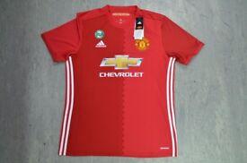Genuine Manchester United Shirt L Size £25