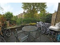 GEORGEOUS PRIVATE TERRACE - Hillmarton Road 2 double bed **£455**