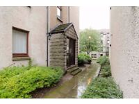 AMPM ARE PLEASED TO OFFER FOR LEASE THIS SPACIOUS 1 BED FLAT-MERKLAND ROAD EAST-ABERDEEN-REF: P1077