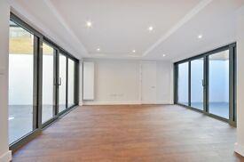 4 bedroom flat in Aden Grove, Stoke Newington, N16