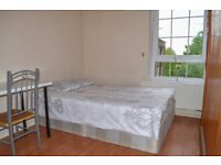 A huge, double room available in Vauxhall.