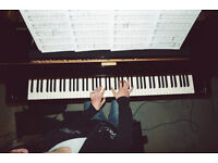Experienced Piano Tutor in Leeds, West Yorkshire