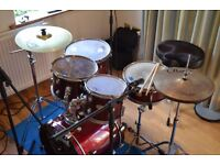 Pearl Forum Series 5 piece Drum Kit