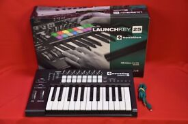 Novation Launchkey 25 USB MIDI Keyboard £93