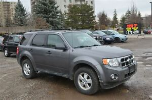 2010 Ford Escape XLT London Ontario image 2