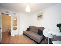 005G-WEST KENSINGTON - MODERN ONE BEDROOM FLAT WITH BALCONY, BILLS INCLUDED- £300 WEEK
