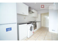 Fantastic 3 Bed Flat In Hoxton, Dalston, N1 - Private Balcony - Available Now!!
