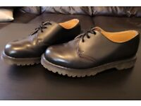 Dr Martens Made in England Size 8 1/2