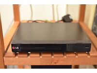 LG DVD CD DIVX Player VGC + Remote