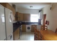1st July 17 - 5 DOUBLE Bed House on Filey Rd in Fallowfield 5 x £325pcm FREE INTERNET TV & LICENCE!