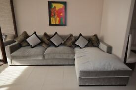 Show Flat ex-display Chealse L-Shaped sofa
