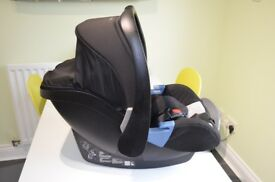 Recaro Baby Car Seat and Recaro Isofix Base