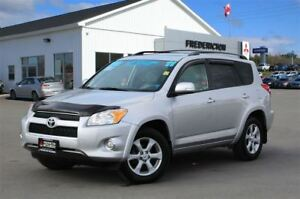 2011 Toyota RAV4 LIMITED! REDUCED! 4X4! LEATHER! SUNROOF!