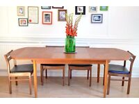 Vintage Danish Teak Extending Dining Table and 4 White&Newton chairs. Delivery. Mid Century/Modern.