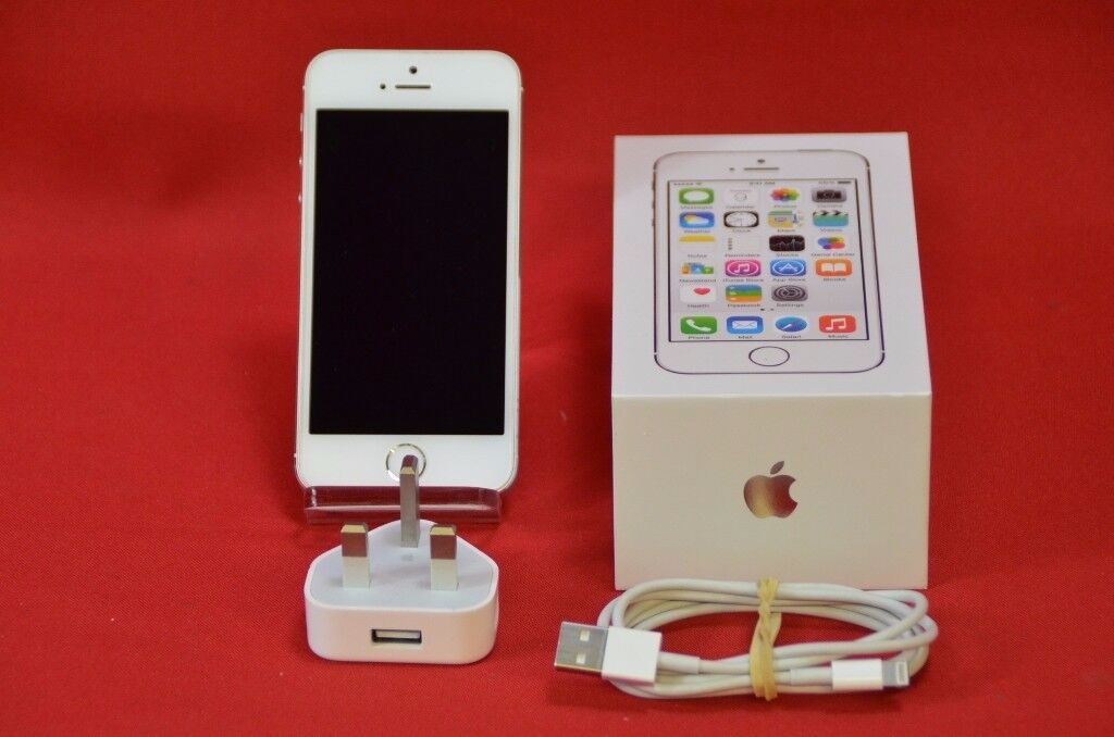 Apple iPhone 5S Silver 16GB Boxed Unlocked £170