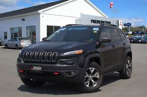 2016 Jeep Cherokee TRAILHAWK! 4X4! HEATED LEATHER! NAV!