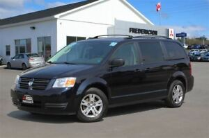 2010 Dodge Grand Caravan SE! REDUCED! FULL STO' N' GO! REAR AIR!