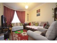 2 bedroom flat to rent in Church Road, Manor Park, E12