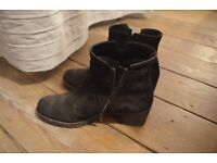 Gabor Boots Size 8