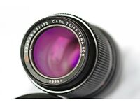 Carl Zeiss Sonnar 135mm f3.5 m42 mount. Perfect for digital.