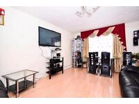 TWO MASSIVE KING SIZE ROOM TO RENT IN FOREST GATE NEAR STRATFORD