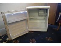 SMALL FRIDGE (INC. MINI FREEZER COMPARTMENT) - Clean, working, well cared for
