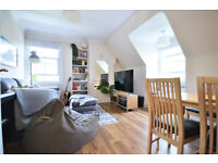 W5: Bright One Bedroom Apartment in Ealing Broadway with Private Garden and Off-street Parking