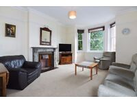 Three bed flat to let - Communal gardens - Furnished - excellent transport - Stanley Mansins